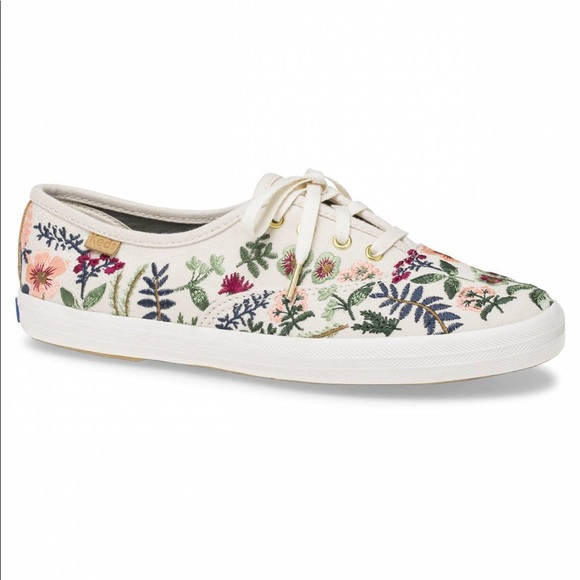 Iso Herbal Garden Embroidered Keds